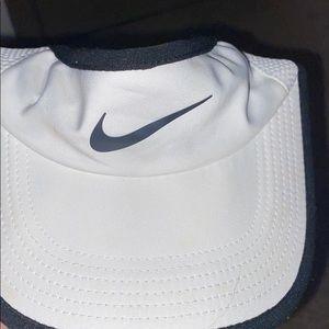 Nike Golfing Visor